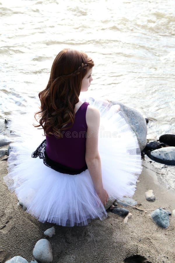 芭蕾舞女演员动画片例证向量年轻人 免版税库存图片