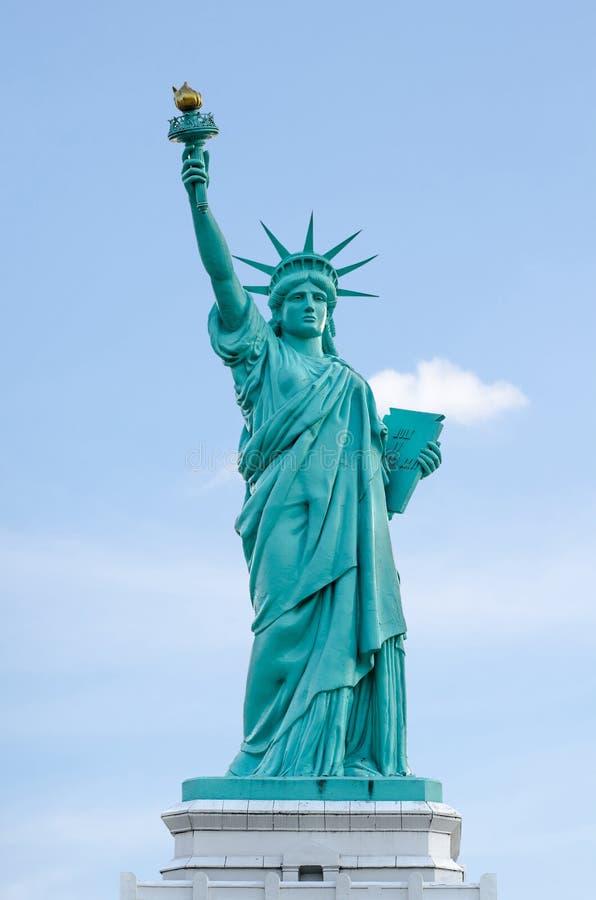 芭达亚,泰国- 2016年4月10日:自由女神像,纽约,美国的Liberty夫人地标 免版税库存照片
