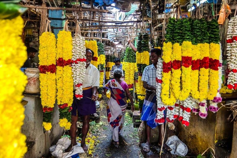 花市场在Tiruvannamalai,印度 库存图片