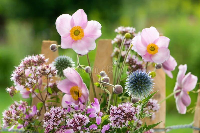 花束明亮的花照片向量 库存图片