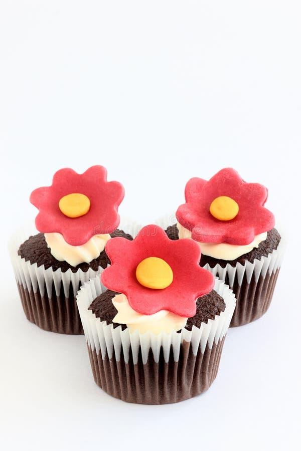 花杯形蛋糕 免版税库存图片