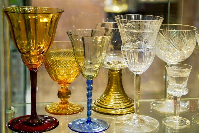 花梢典雅的玻璃器皿 免版税库存照片