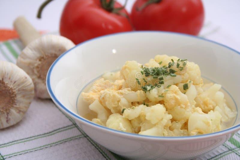 花椰菜炖煮的食物  免版税图库摄影