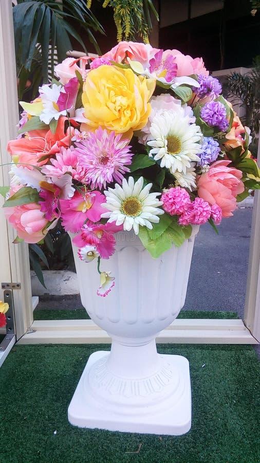 花瓶假花 库存照片