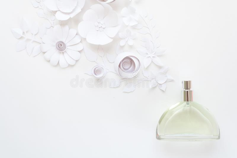 花的布置 花,芬芳,香水 免版税库存照片