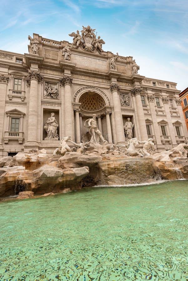 芳塔娜di Trevi -著名喷泉在罗马意大利 免版税库存照片