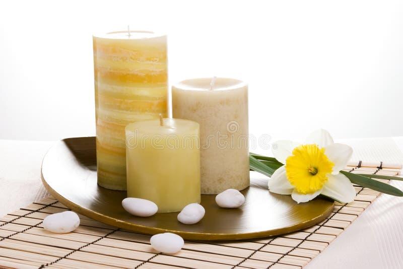 芳香蜡烛设置了疗法 图库摄影
