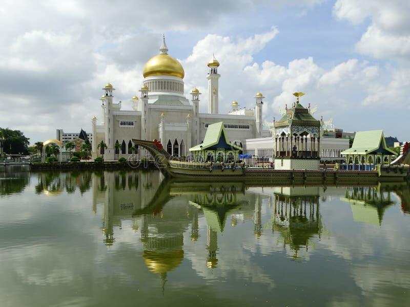 苏丹奥马尔阿里Saifudding清真寺,斯里巴加湾市,文莱 库存照片
