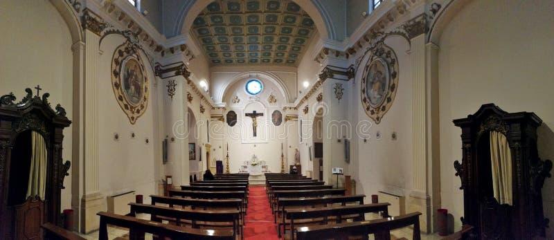 苏尔莫纳- SS的教会概要 三位一体 免版税库存照片