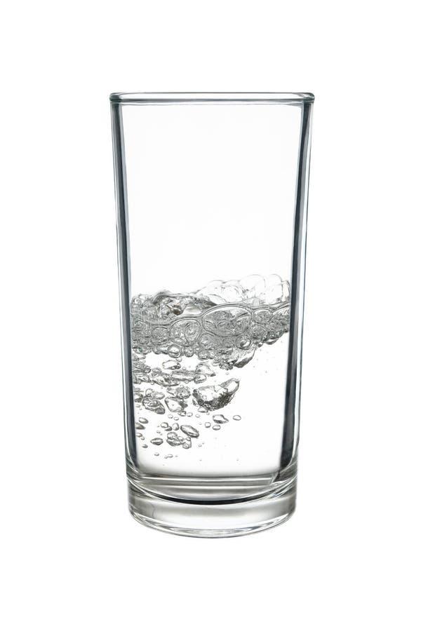 苏打水或苏打水在highball或用大杯喝的饮料玻璃是 免版税库存图片