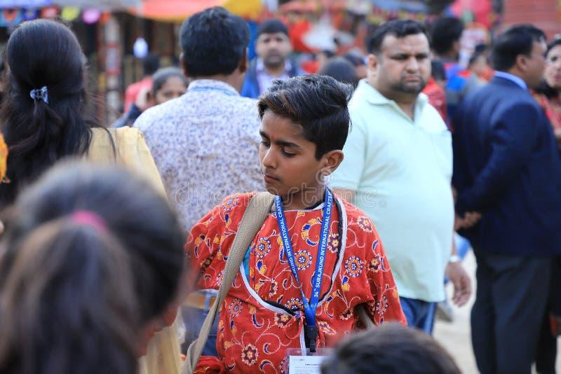 苏拉洪德,法里达巴德,印度哈里亚纳邦 — 2020年2月14日 — 第34届苏拉洪德印度音乐家童鼓手 库存照片