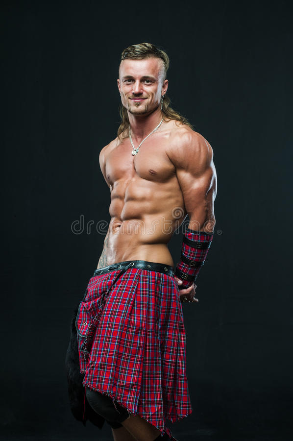 苏格兰男用短裙的人 图库摄影