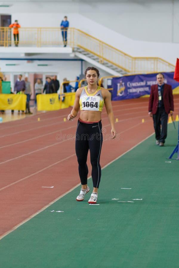 苏梅,乌克兰- 2017年2月17日:丽玛Hordiienko -乌克兰室内田径运动五项运动的冠军  图库摄影