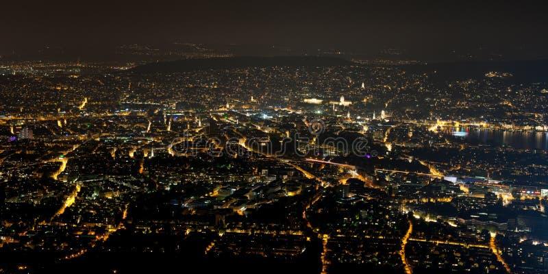 苏黎世在晚上 免版税图库摄影