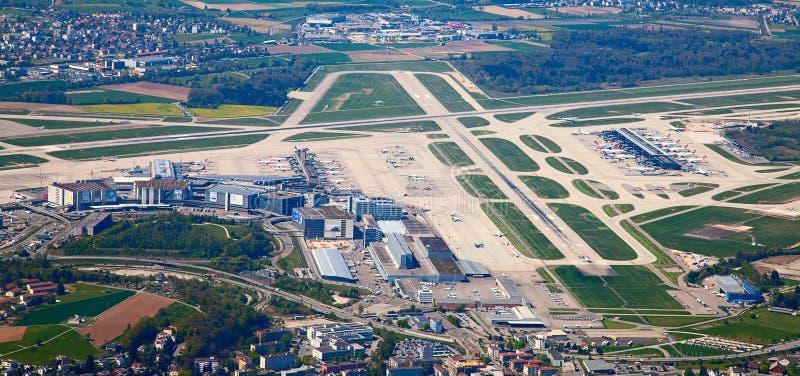 Aeroporto Zurigo Mappa : 苏黎世机场 图库摄影片 图片 包括有 航空 大陆 重婚 旅途 通信 alameda 等候 机场