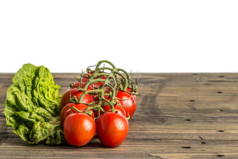 莴苣和蕃茄 免版税库存图片