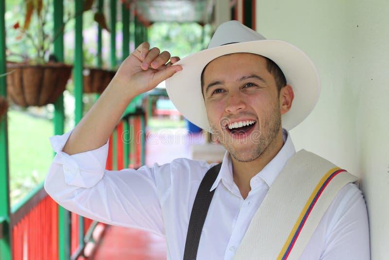 英俊南美人向致敬 免版税库存照片
