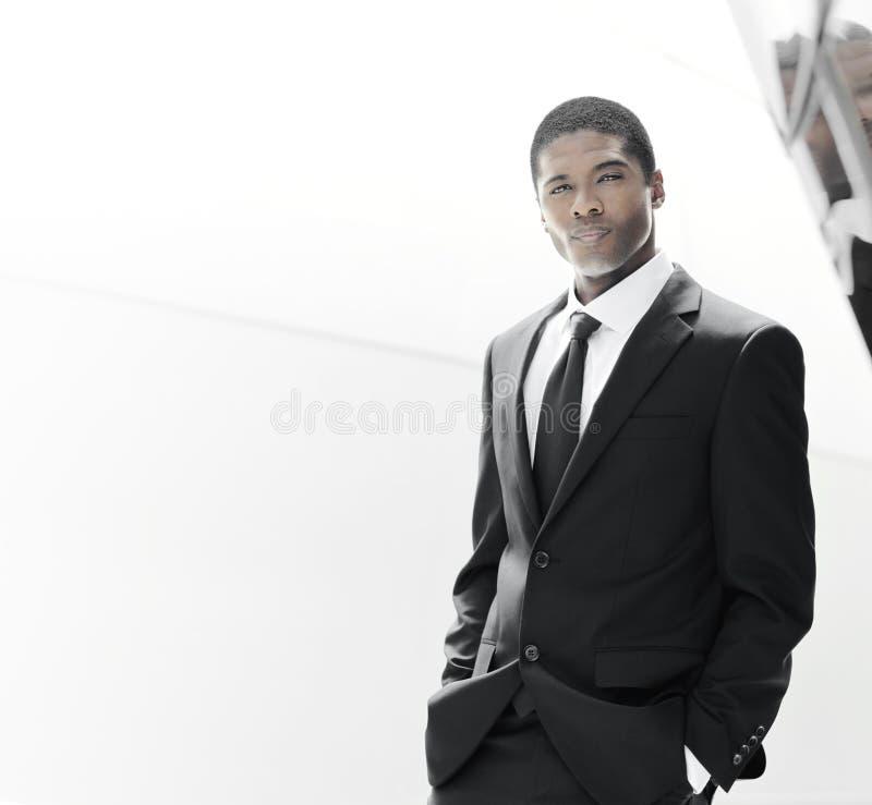 英俊的成功年轻人 免版税库存照片