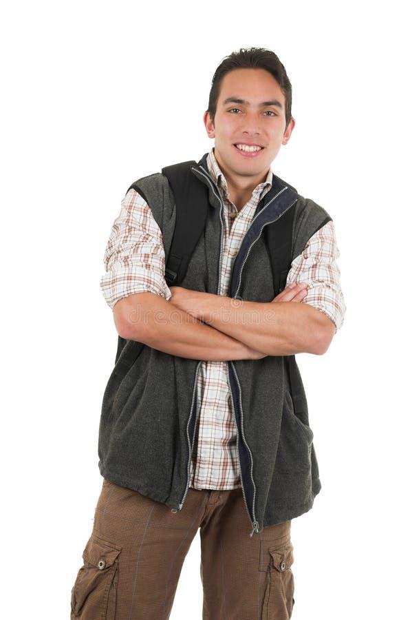 英俊的拉丁年轻人佩带的背包和背心 免版税库存图片