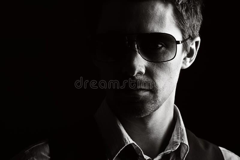 英俊的男性太阳镜 库存图片