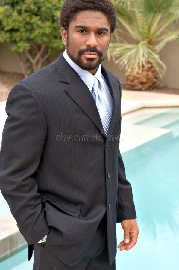 英俊非洲裔美国人的生意人 免版税库存照片