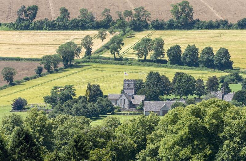 英国乡村开放式教堂概述 库存照片