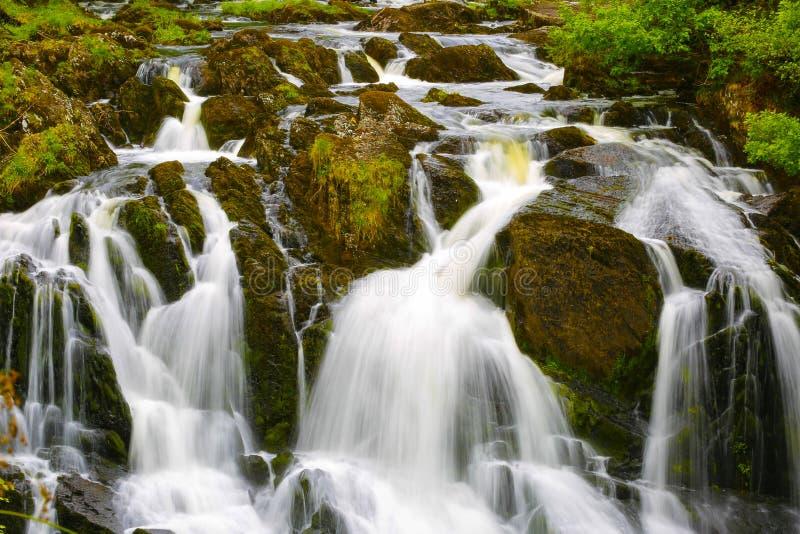 英国威尔士燕子瀑布 免版税库存照片