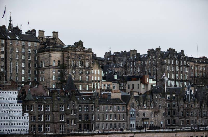 英国爱丁堡 — 2017年12月15日:爱丁堡老城区 免版税库存图片