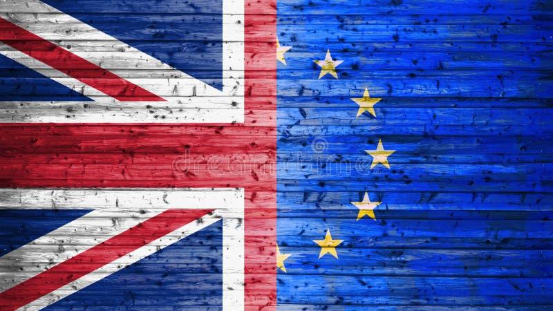 英国的Brexit、旗子和在木背景的欧盟 免版税库存照片