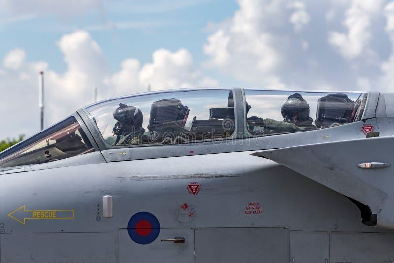 英国皇家空军皇家空军Panavia龙卷风GR4 XV R分谴舰队ZA606根据在皇家空军Lossiemouth 免版税库存图片