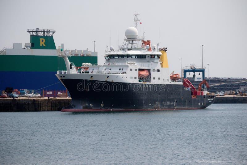 英国研究船RSS詹姆斯・库克 免版税库存照片