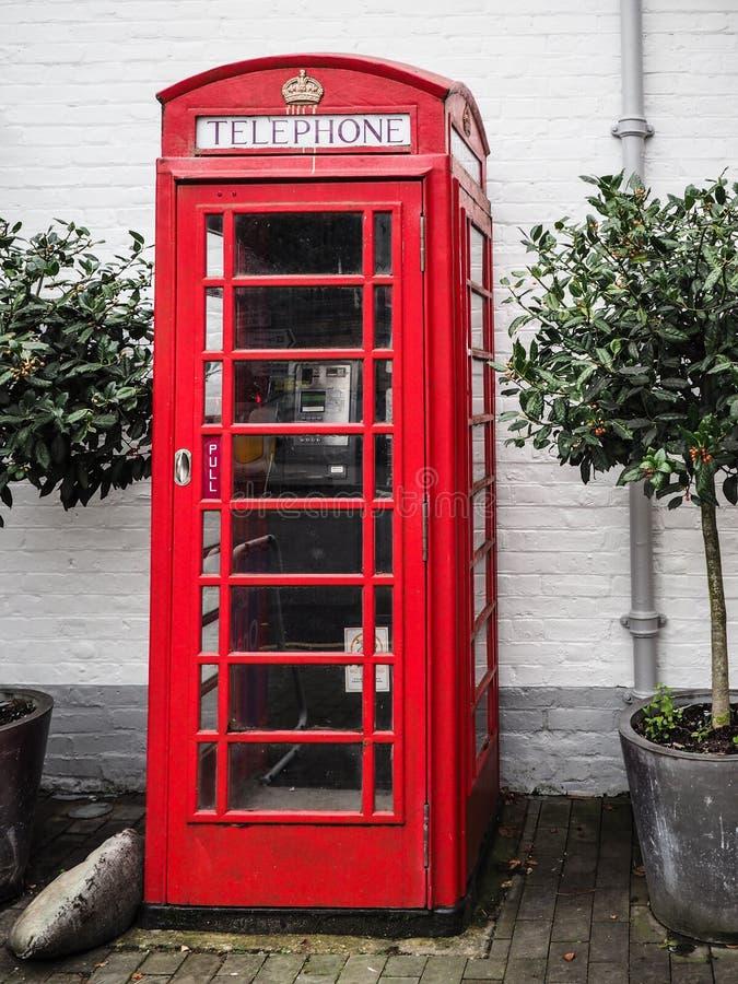英国红色电话亭 图库摄影