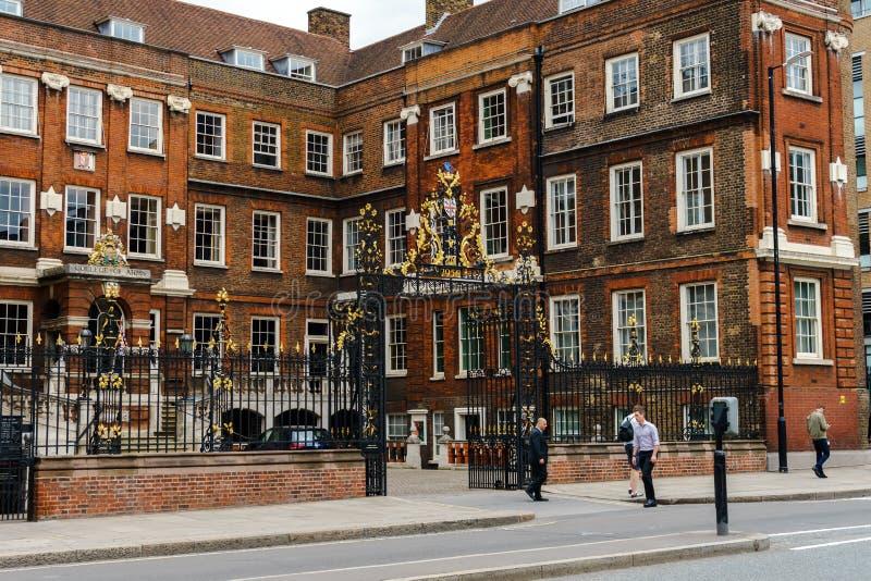 英国纹章院,与作用的Royal Corporation在仪式、名字和谱学,伦敦,英国,2018年5月24日方面 免版税库存图片