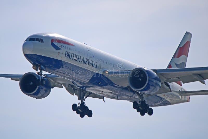 英国航空在关闭的波音777-200ER 库存图片