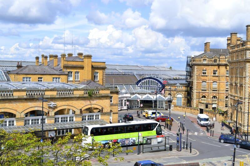 英国铁路火车站在历史名城约克 库存照片