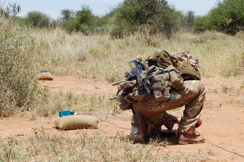 英国陆军未爆弹处理专家 免版税库存照片