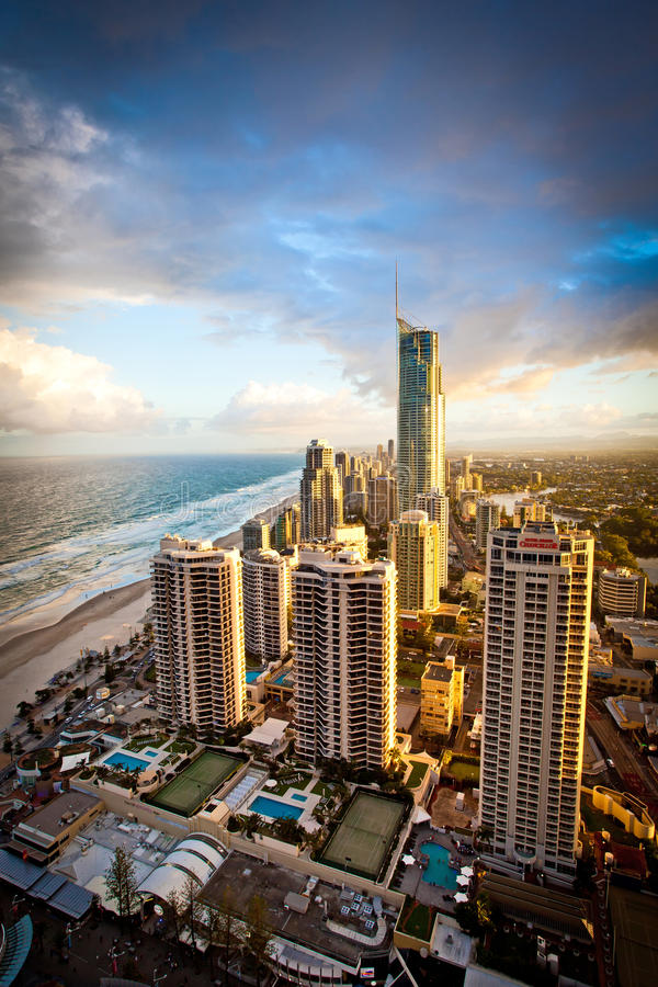 英属黄金海岸昆士兰澳大利亚Q1晚上场面 库存照片