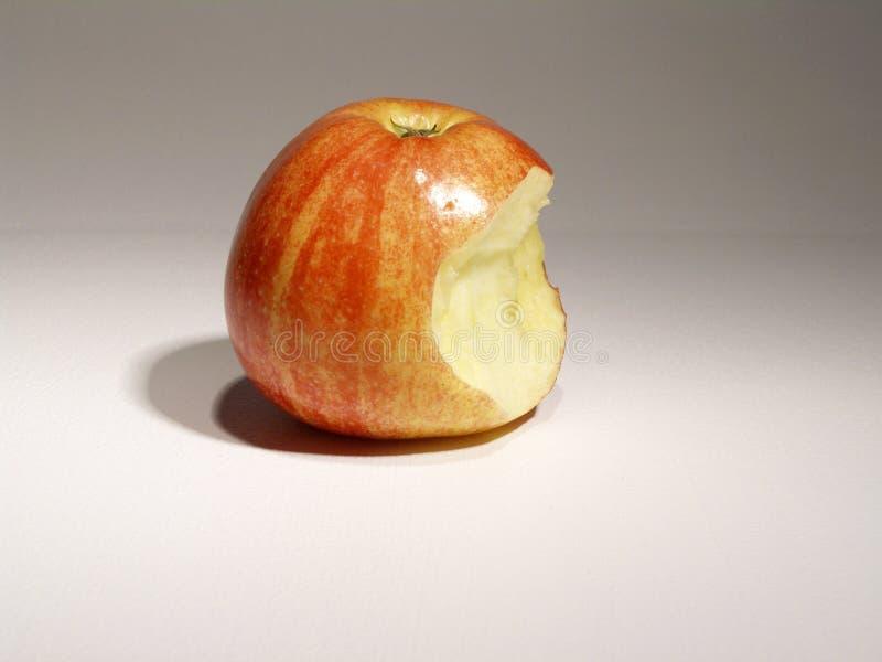 苹果叮咬 库存照片