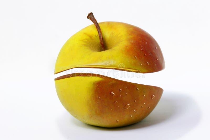 苹果对分二 免版税库存图片