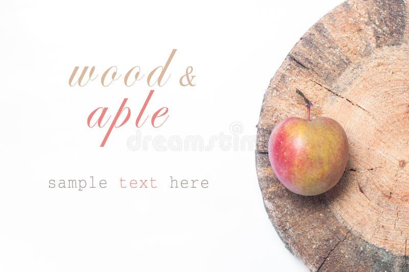 苹果把红色木装箱 Copyspace 库存图片