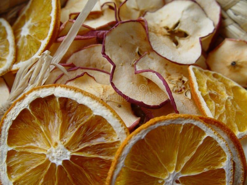 苹果烘干了桔子 图库摄影