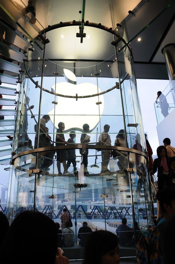 苹果玻璃台阶存储 免版税库存图片