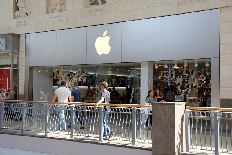 苹果计算机商店英国 免版税图库摄影