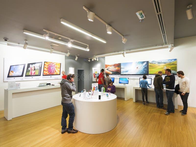 苹果计算机商店贝尔格莱德 免版税库存图片