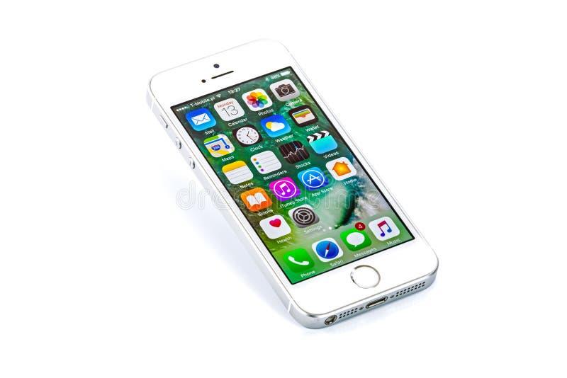 苹果计算机iPhone SE 免版税图库摄影