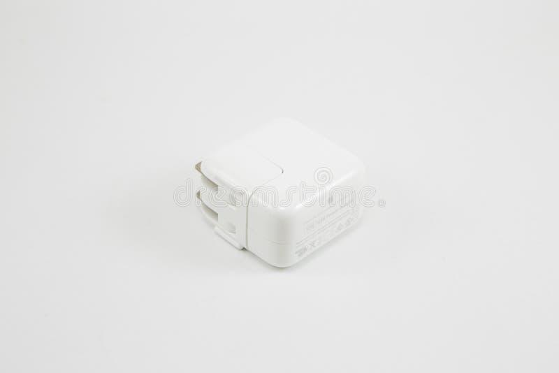 苹果计算机USB充电器适配器 库存图片