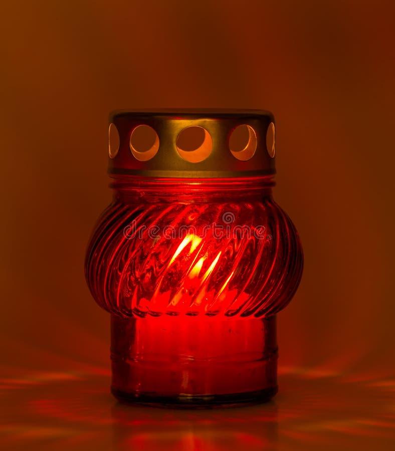 Download 读茶光 库存照片. 图片 包括有 烛光, 圣诞节, beautifuler, 野营, 照亮, 发光, 内部 - 62533016