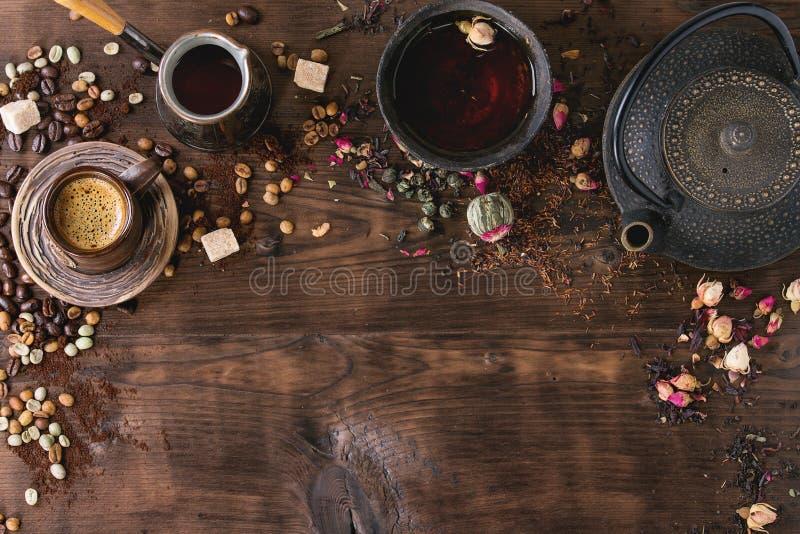 茶和咖啡的分类作为背景 免版税库存图片