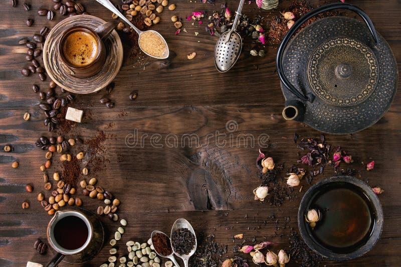 茶和咖啡的分类作为背景 免版税图库摄影