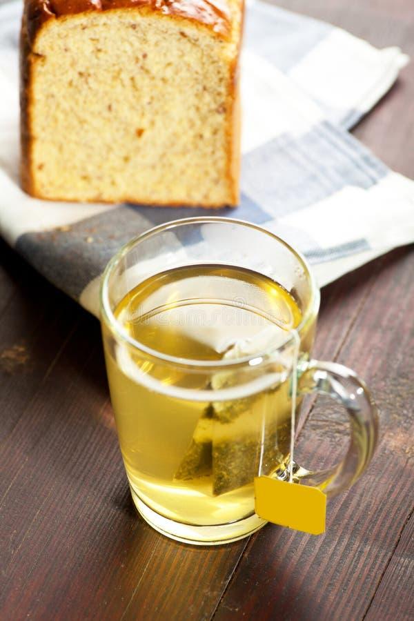 茶和面包 免版税库存图片